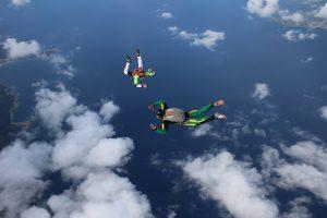 saut en parachute accompagné formation pac en corse