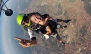 Bon cadeau saut en parachute PACA