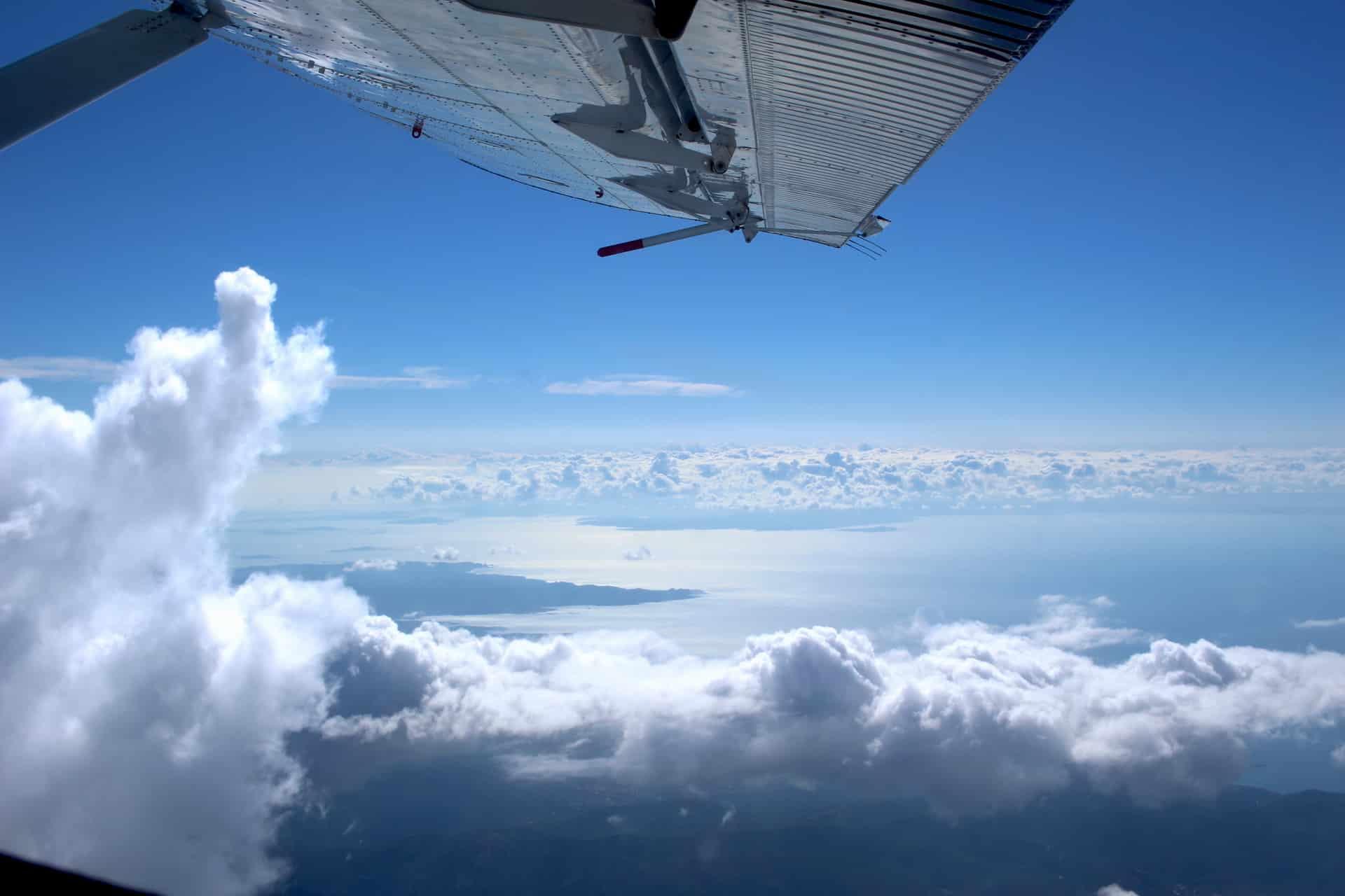 Tourisme PACA et saut en parachute