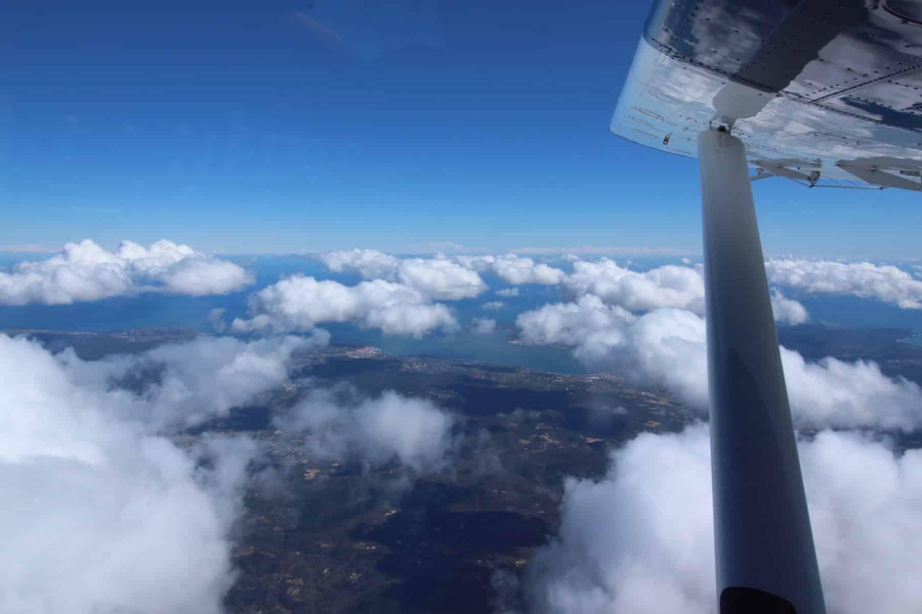 saut en parachute var Newton Parachutisme